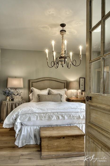 Cozy farmhouse chic decorating beautiful home inspirations for Rustic french bedroom